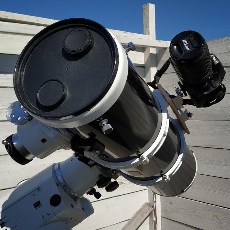 Крепление фотоаппарата на телескоп